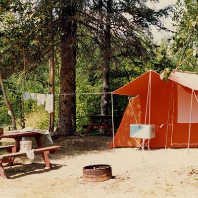 http://genevrier.com/wp-content/uploads/2015/11/camping-1980.jpg
